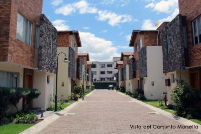 Arriendo casa en Cumbayá,sector Lumbisí,Conjunto Marsella,135m2, oportunidad $600 2353232,0997592747,0992758548