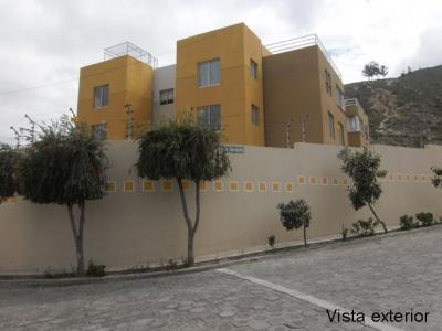 Vendo departamento Urbanización Oasis, sector Cartódromo Mitad del Mundo $55.000 Inf: 2353232, 0997592747, 0992758548