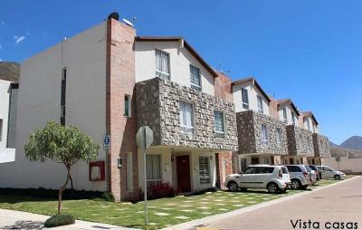 Casa de venta en Pomasqui, conjunto exclusivo: Alcázar de Burgos