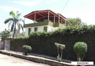 OPORTUNIDAD PARA VIVIENDA + NEGOCIO + ALQUILER en Caribe, Estado Vargas