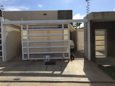Moderna casa en la mejor y segura zona de la isla de Margarita.