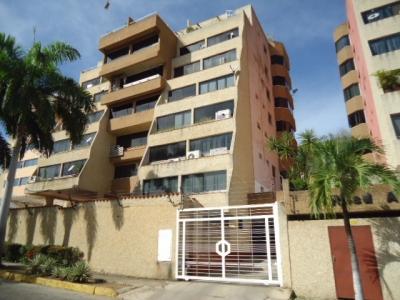 Apartamento en Urb. Paraiso II