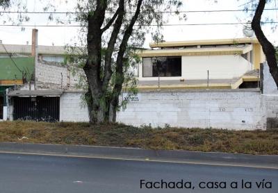 Pusuqui, vendo casa independiente, a la vía Manuel Córdova Galarza $210.000 2353232, 0997592747