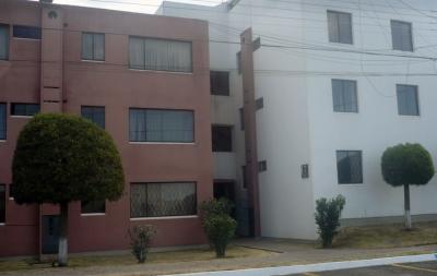 Dos Hemisferios, arriendo departamentos de 2 dormitorios $230 Inf: 2353232, 0997592747, 0992758548