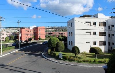 Departamento Dos Hemisferios de alquiler, 2 dormitorios $230 Inf: 2353232, 0997592747, 0992758548