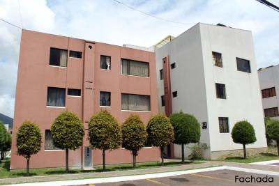 Arriendo departamento Dos Hemisferios,2 dormitorios $250, planta baja Teléfonos: 2353232, 0997592747, 0992758548