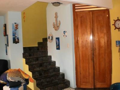 TOWN HOUSE FUNCIONAL LINDOS ACABADOS Y ASCENSOR