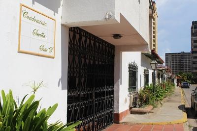 Comodo y economico Mono ambiente en La Sevillana