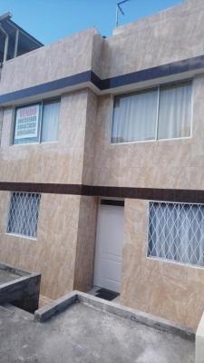 VALLE DE LOS CHILLOS HERMOSA CASA EN ELEGANTE Y PRIVADO CONJUNTO DE OPORTUNIDAD