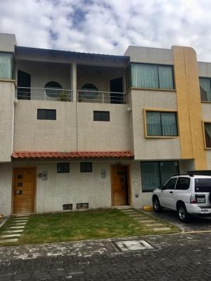 HERMOSA CASA EN VENTA CONJUNTO CAMPOVERDE TOLA CHICA, TUMBACO