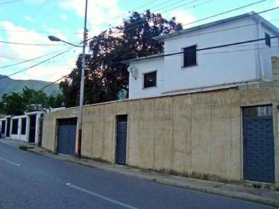 ABITARE Vende Excelente Casa en el sector Arias Blanco de El Limón WILLIAM ALVAREZ