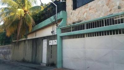 Casas En Venta El Limón Codflex: 18-1422 Ar