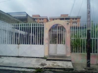 Amplia casa familiar en el Limón