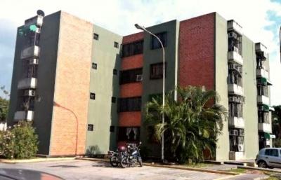 ABITARE Vende Apartamento en la Urb. Narayola de la Morita I