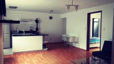 Oportunidad Vendo departamento Amoblado,1 Dormitorio, 55 Mts. en pleno corazón de Miraflores,$.135,000
