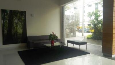 Alquilo Departamento Amoblado y Equipado, de 180 M2, en Miraflores, ubicado a pocas cuadras de la Avenida Larco