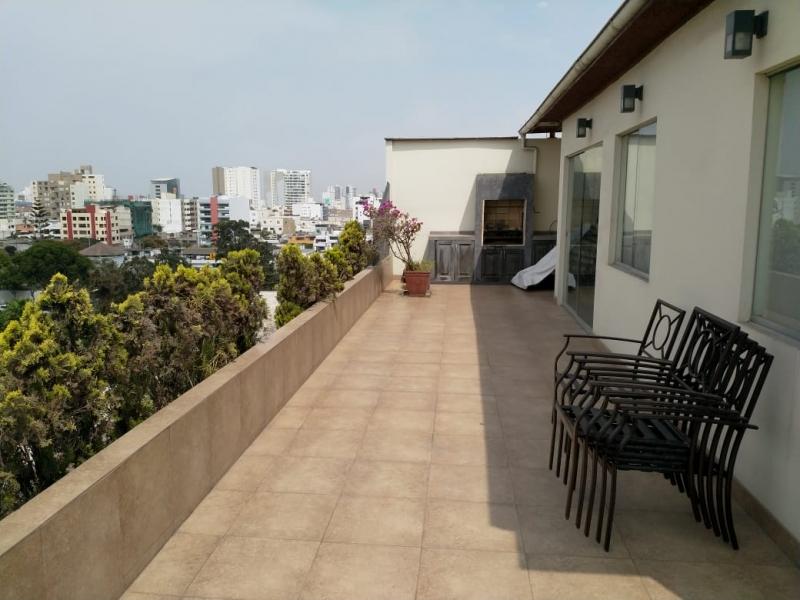 Duplex 160 m2 con terraza frente a Parque