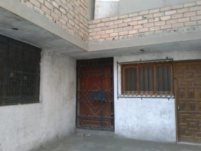 Adquiera Casa de 241m2 en Urb. el Pinar - Comas