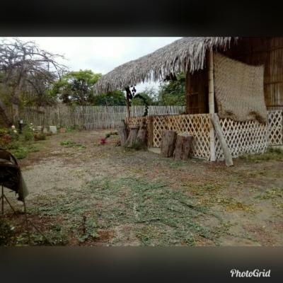 HERMOSO TERRENO EN PUERTO CAYO, DE OPORTUNIDAD