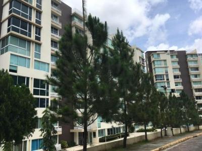 Vendo Apartamento Espacioso en PH Pine Hills, Albrook #17-5233**GG**