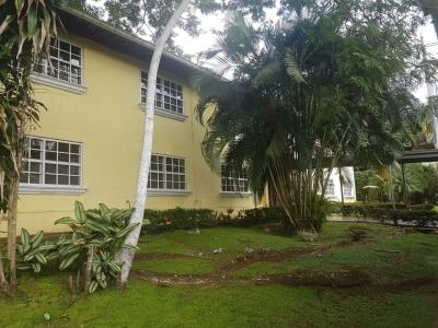Hermoso apartamento en Planta Baja con jardin MPC1657