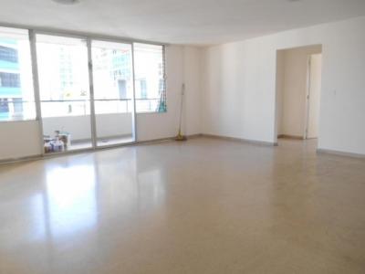 Comodo Apartamento en El Cangrejo  vl 17-95    (667.63711