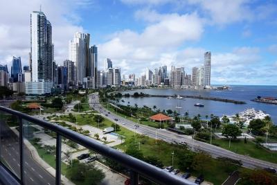 Apartamento en Alquiler, Panama, Avenida Balboa, Amoblado con vista al Mar