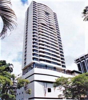 Alquilo apartamento espacioso en la Av. Balboa 3 Recamaras #17-5325