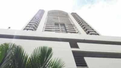 Alquilo apartamento amoblado en Primavera, Obarrio 2 alcobas  #17-6023 **GG**