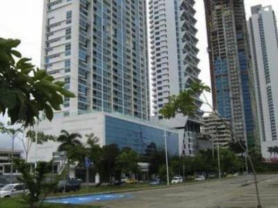Se alquila apartamento en Avenida Balboa #18-7698 **HH**