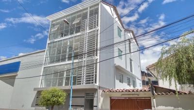 Alquilo Oficina Flat de 90 m2 en Centro Empresarial Magisterio - Cusco