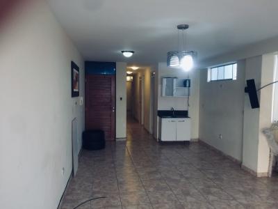 Alquilo departamento en Cedros de Villa, con vista a la playa, S/. 1,200 soles