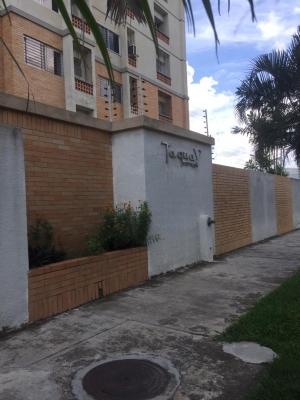 APARTAMENTO CON EXCELENTE UBICACION TAGUAY SUITES