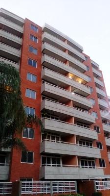 Conjunto Residencial Costanera Suites