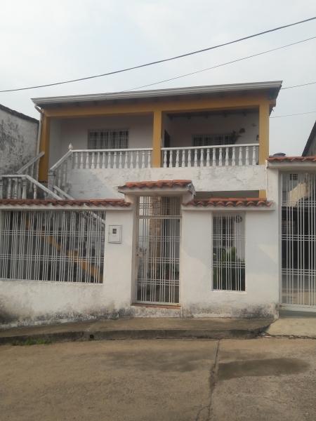 Altos de Paramillo - Apartamentos