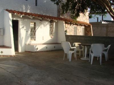 LINDO TOWN HOUSE EN CAMINO REAL
