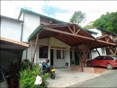 Casa Conjunto Cerrado Los Pirineos Floridablanca
