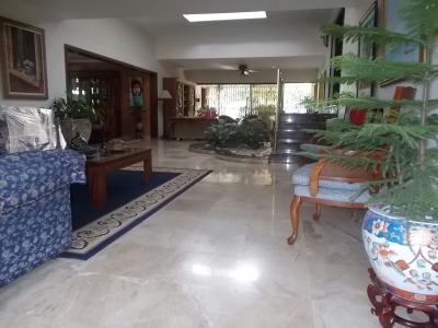 Vendo Casa Los Cacicazgos 4h 940mt Family Room
