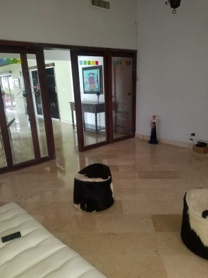 Vendo penthouse en Naco