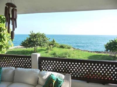 Vendo casa en Costa Verde, frente al mar