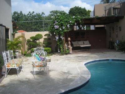 Casa con piscina en Los Rios