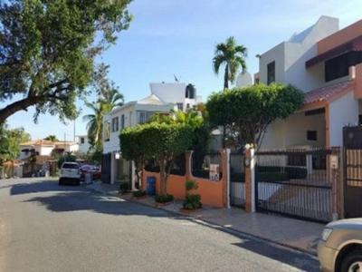 Alquilo Casa Amueblada en Los Rios US$3,000.