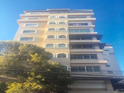 Vendo y Alquilo piso 4to en Naco con Piscina Y area Social