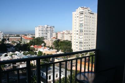 Apartamento en Piantini amueblado
