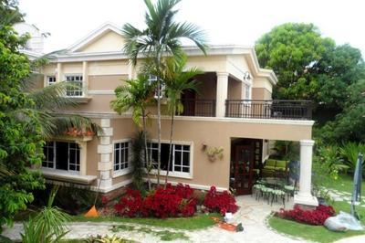 Casa 2,140 m2 en Santo Domingo, Arroyo Hondo III