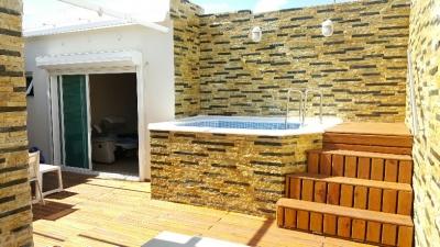 Vendo Penthouse de 3 hab en Esperilla, con terraza y jacuzzi