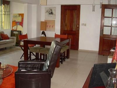 Apartamento en Evaristo Morales 2 Habs, 127 mts2