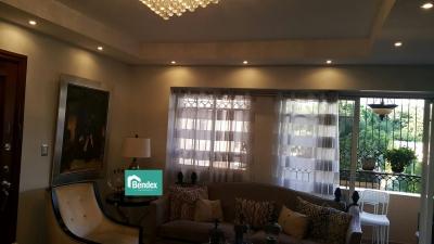 Hermoso y Acogedor Apartamento en la Esperilla 2do piso
