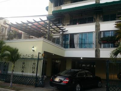 Segunda con terraza, 220 metros, apartamento moderno en Renacimiento