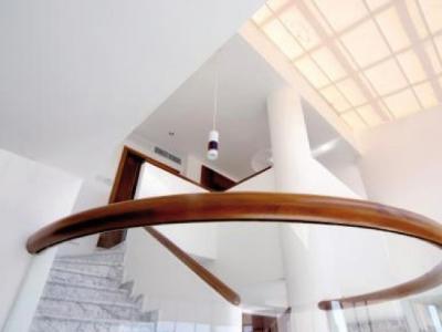 Penthouse Serralles, amplios espacios, Área Social, 6 Parq.